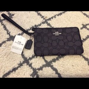 NWT Coach signature double zip small wristlet